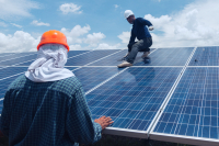Solar_panel_workers